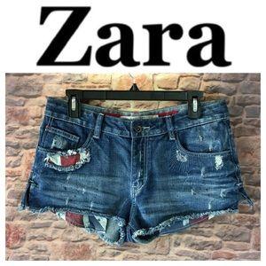 💸Zara Trafaluc Designer distressed short size 6